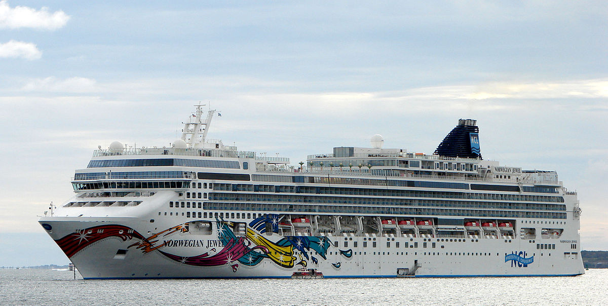 1200px-Norwegian_Jewel_Newport_September_2010